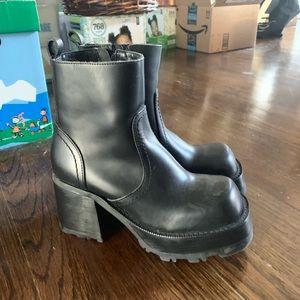 Steve Madden platform boots